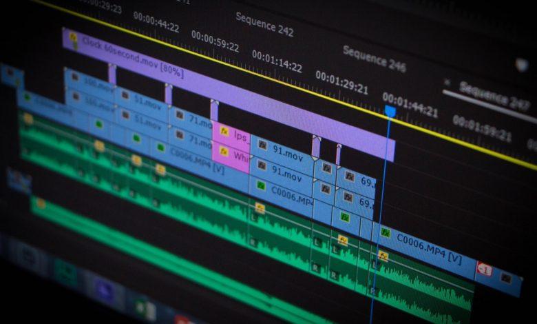 Adobe Premiere Pro Timeline ve Program Monitor Pencereleri
