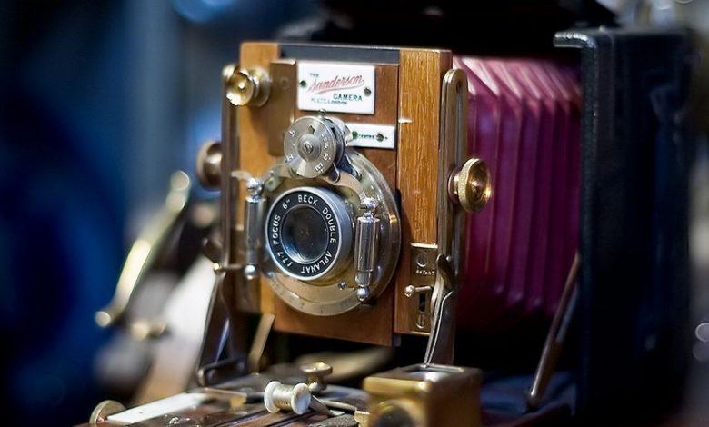 Fotoğraf Makinesi Nasıl Çalışır? İcadı